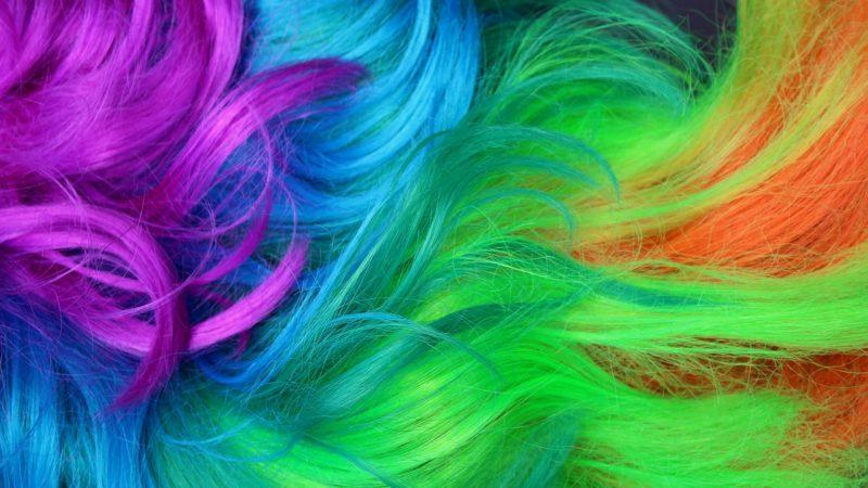 Colorful braids – a festival look